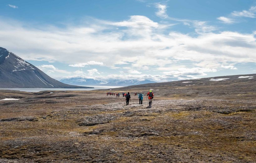 Hiking in Mushamna, Svalbard