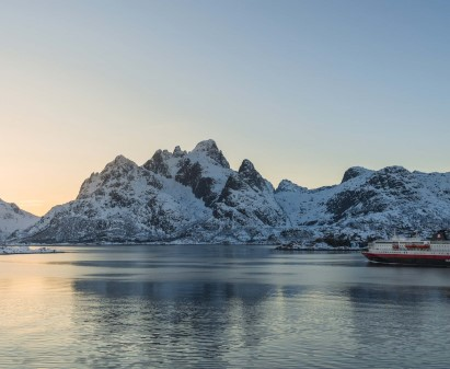 Fly Kirkenes - Oslo Airport fra 1 kr: Finn billige flybilletter | (KKN - OSL) - KAYAK