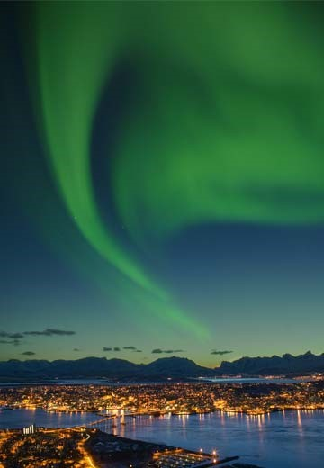 tromsø_northern-lights_360x520.jpg