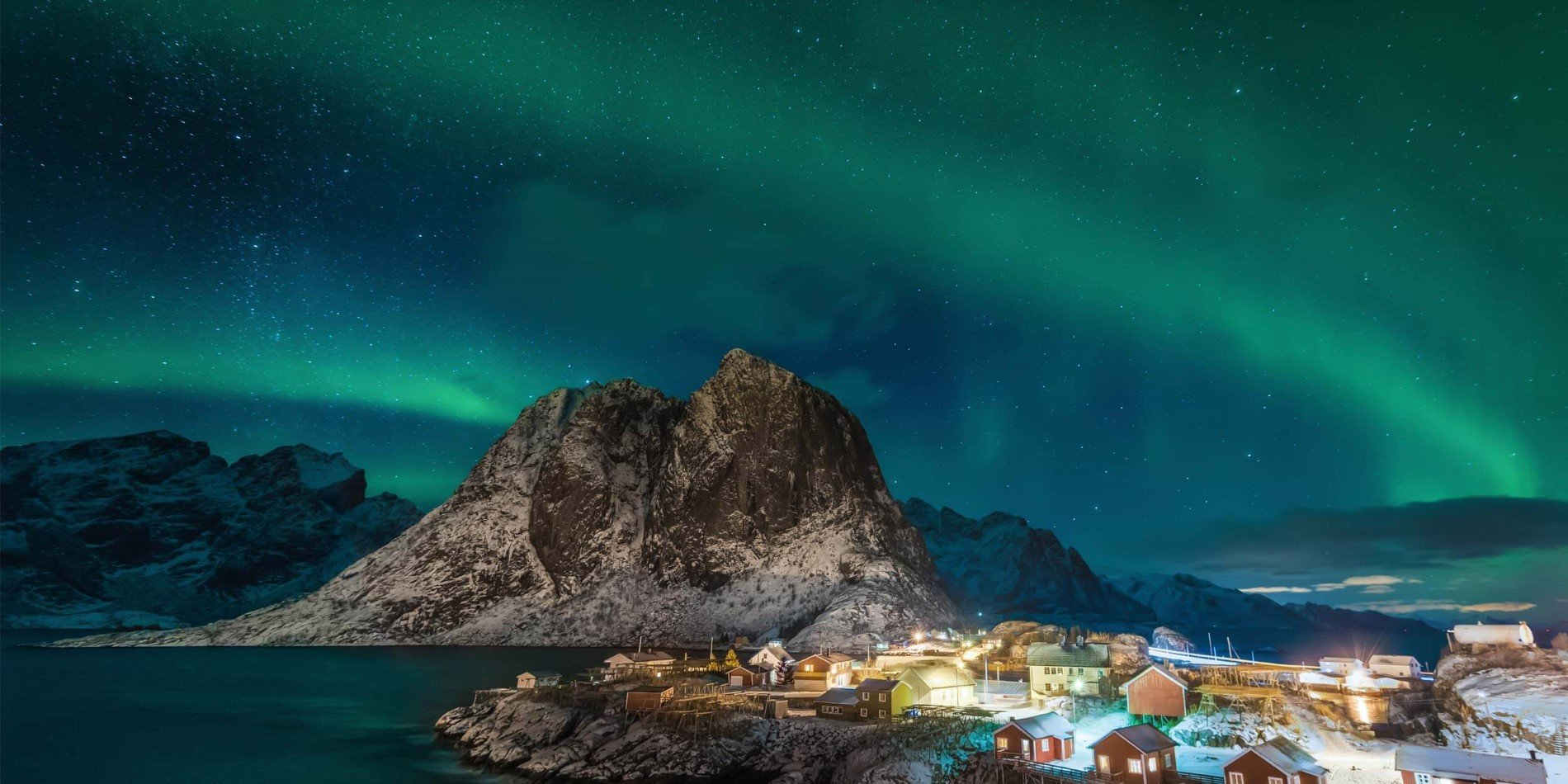 Northern Lights In Norway The Ultimate Guide Hurtigruten