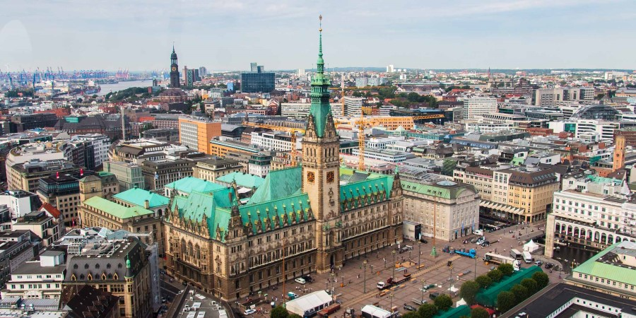 Hamburg_town Hall©Mark Michaelis_2500x1250.jpg