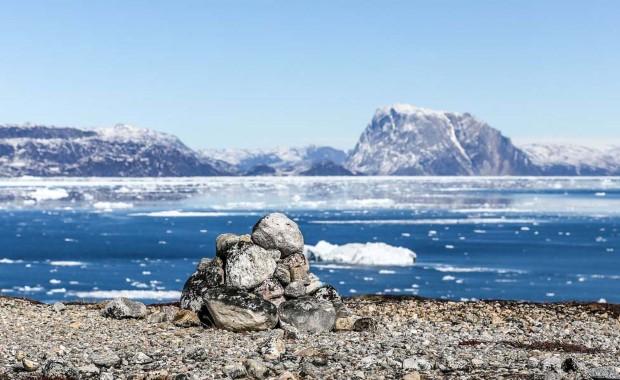 Across Greenland in Nansens track