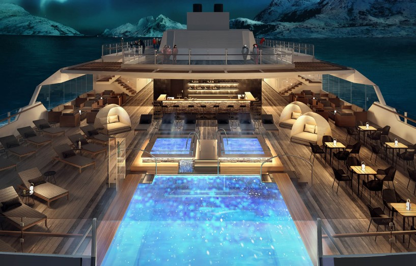 Outdoor infinity pool and hot tubs on MS Roald Amundsen