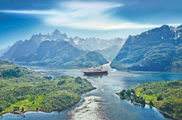 This famed sailing with Hurtigruten is described by Lonely Planet as `The World's Most Beautiful Voyage´. From Bergen to Kirkenes and back in 12 days, through 34 ports, which allows you to explore every inch of the coastal magic Norway has to offer. Any time of year, this is a voyage like no other.
