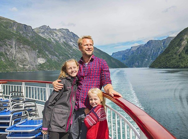 If you always have wanted to see fjords like the Geirangerfjord, the amazing wilderness of the Arctic, and the incredible wildlife like sea eagles or whales, Norway is your destination.